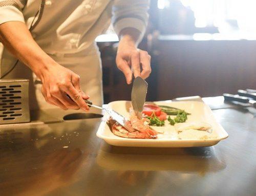 Comment manger au restaurant sans entraver votre régime?